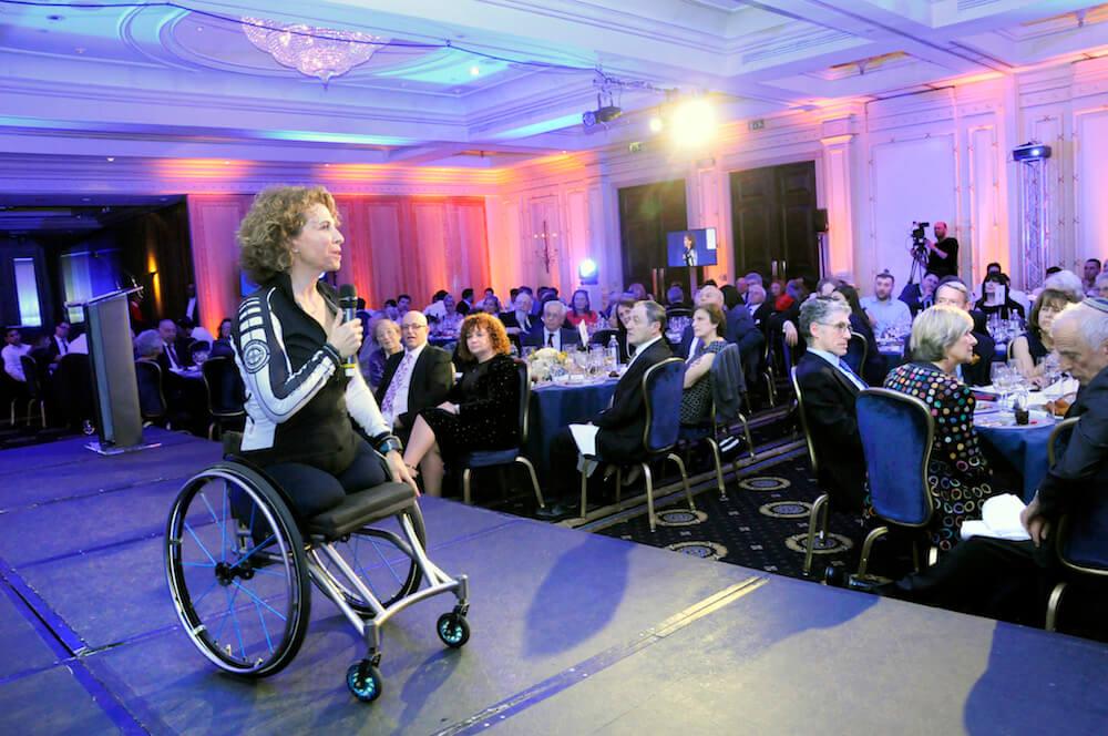 פקסל ברקוביץ׳ באירוע התרמה ליד שרה בלונדון