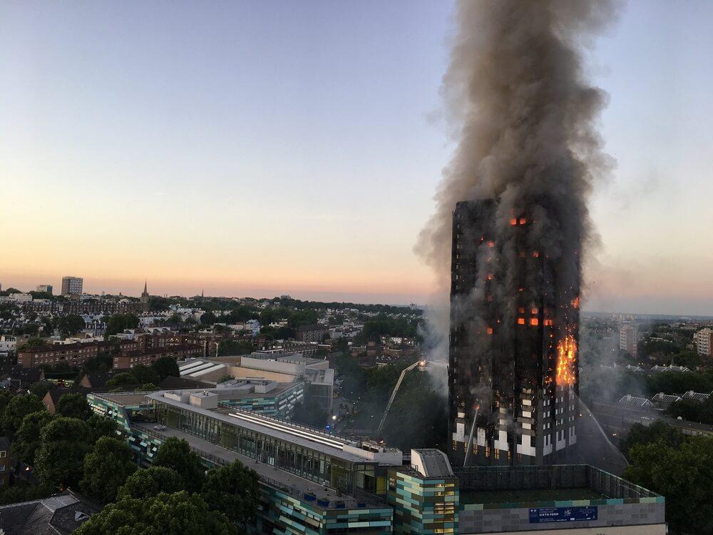 השריפה במגדל גרנפל בלונדון