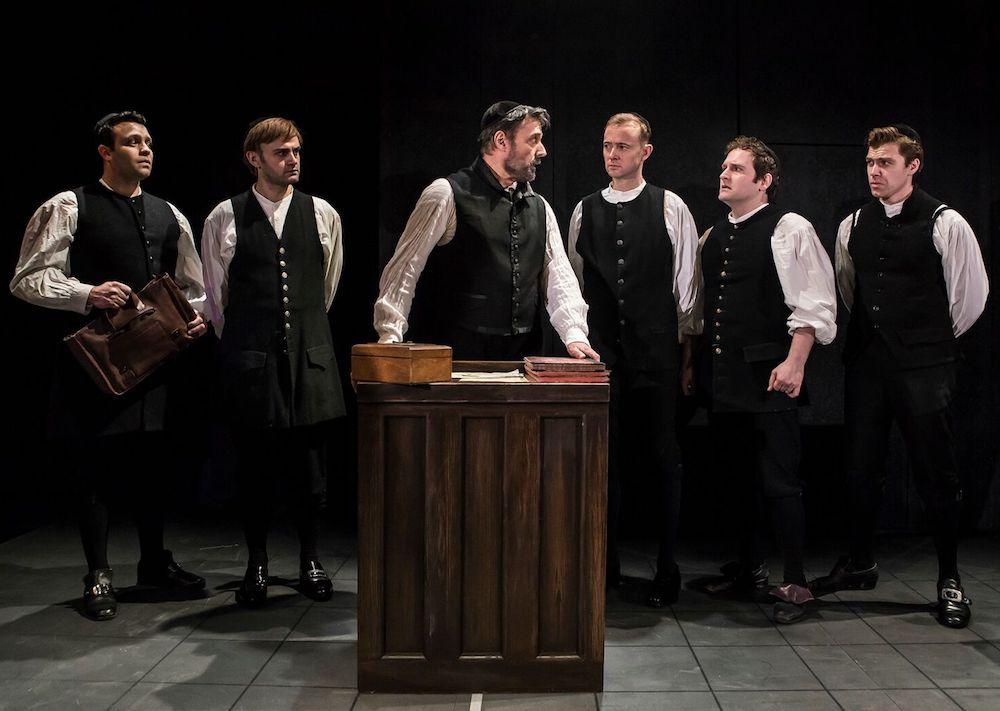 מחזמר בלונדון רוטשילד ובניו בתיאטרון פארק