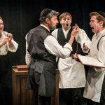 ביקורתיאטרון: הפקה קטנה אבל מומלצת של המחזמר ״רוטשילד ובניו״