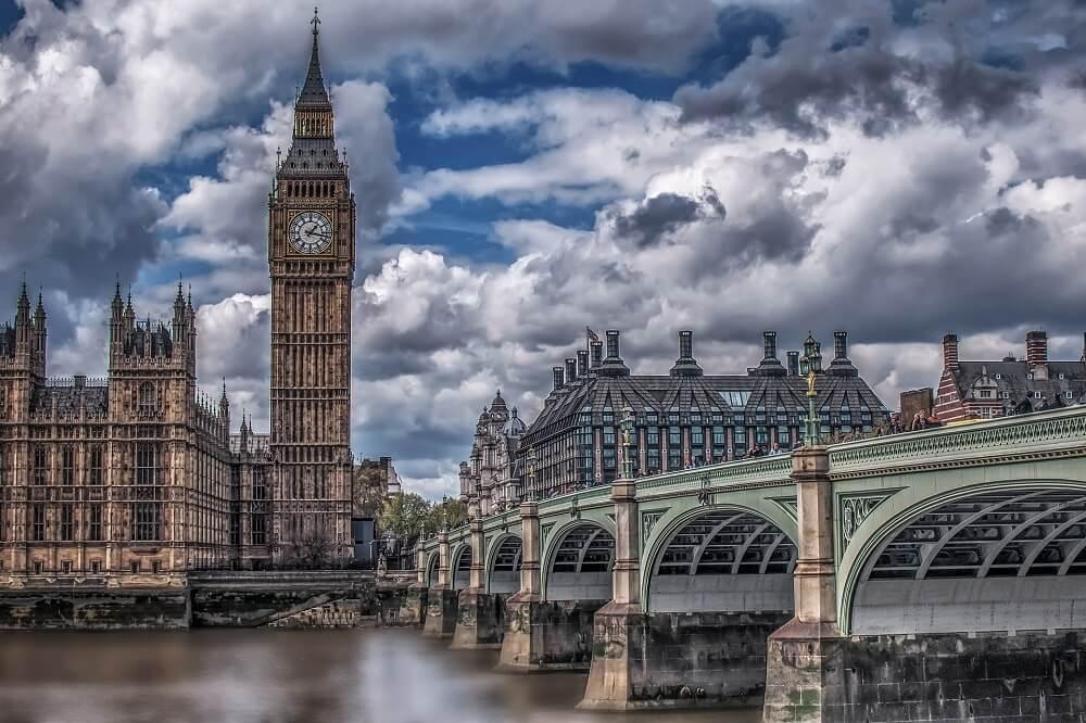 """ענני הברקסיט עדיין מרחפים מעל לונדון. מצבו של שוק הנדל""""ן גם נראה מעורפל"""