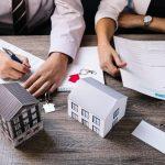חובות וגירושים בבריטניה – מה עושים?