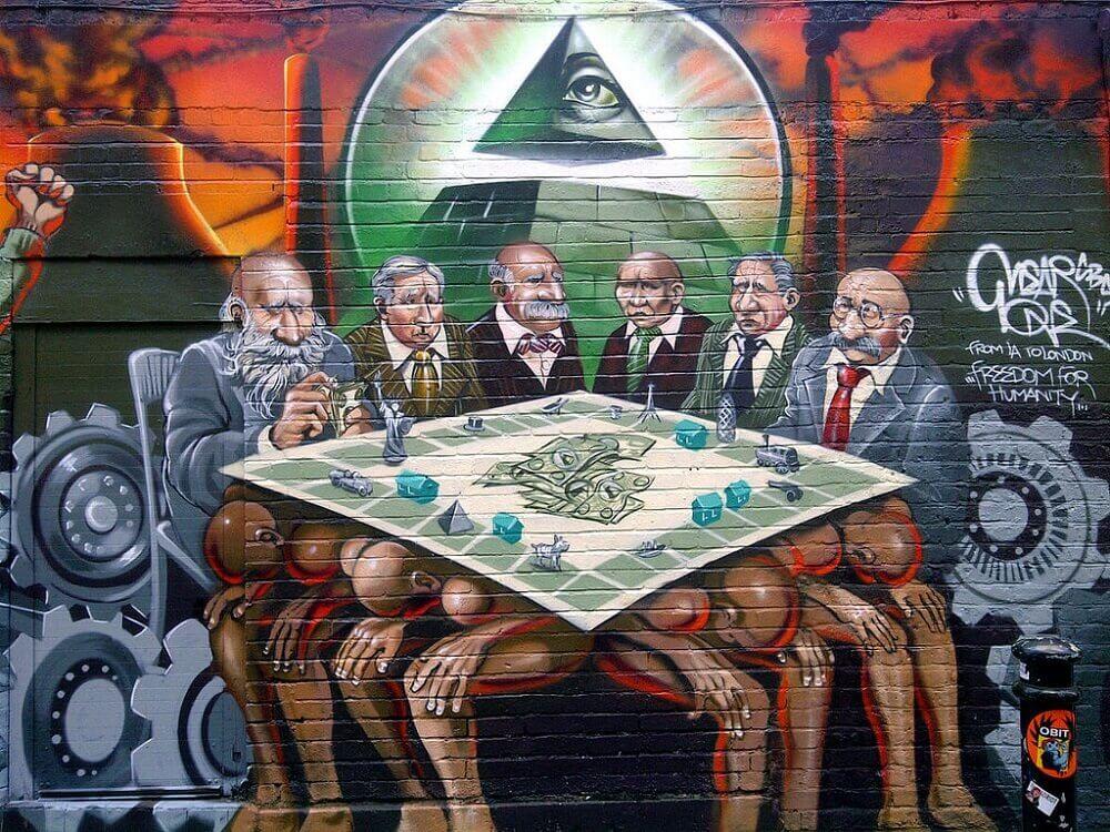 """אנטשימיות בלונדון. """"סדר היום החדש הוא האויב של האנושות"""". ציור קיר המדובר של Mear One בבריק ליין"""