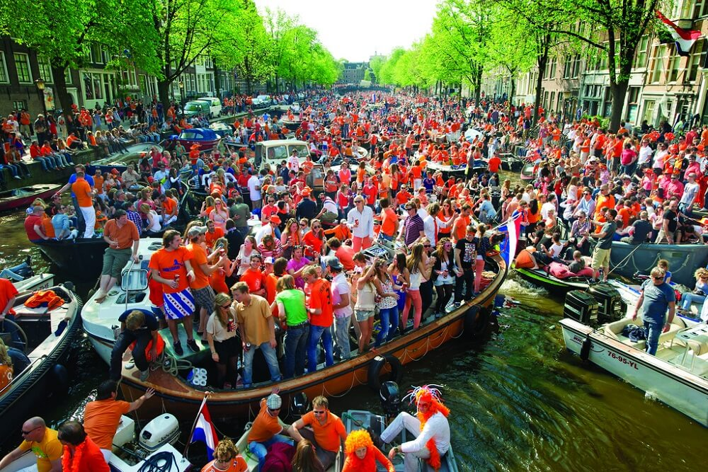 אטרקציות באמסטרדם: קו ישיר בין לונדון לאמסטרדם ביורוסטאר