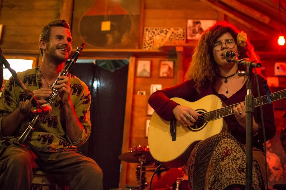מוזיקאים ישראלים בלונדון: רותם אברבך. המסע ללונדון התחיל בפאי, תאילנד