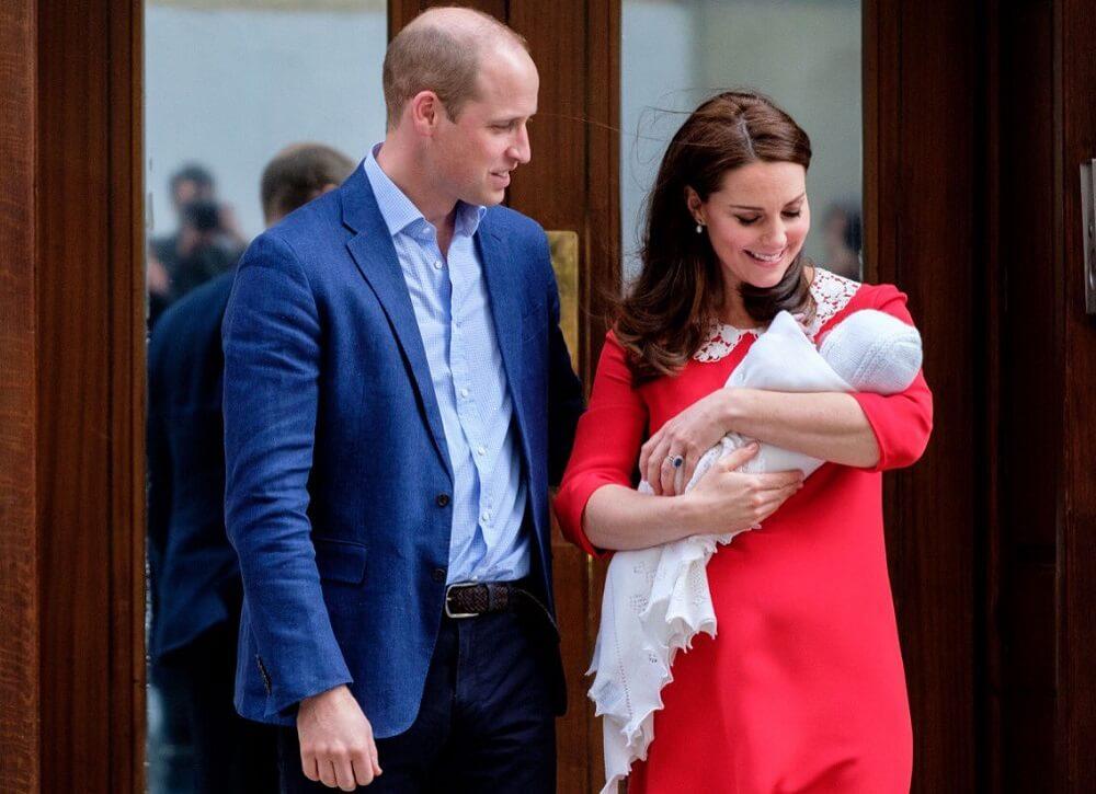 וויליאם וקייט עם הנסיך לואי. צילום: בית המלוכה הבריטי