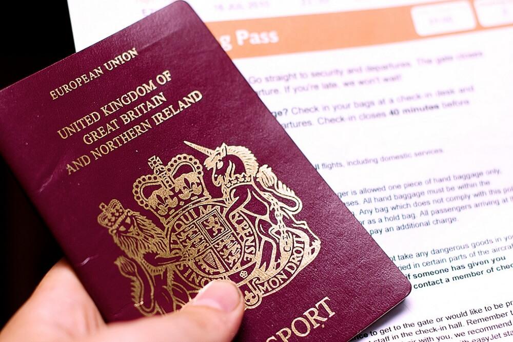 דרכון בריטי - הדרכים להגיש בקשה לאזרחות בריטית