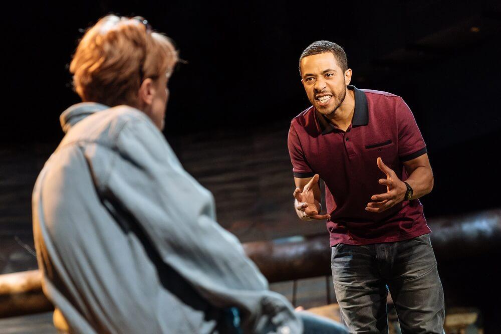 הצגה בלונדון - ביקורת על נייטפול
