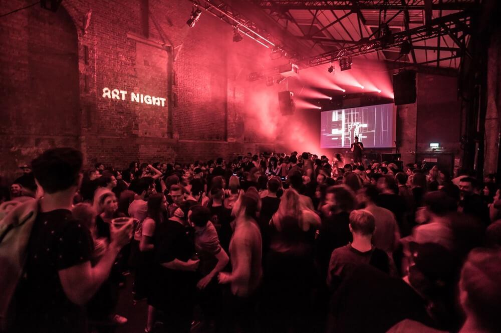 """מה לעשות בלונדון חודש יולי 2018 - לילה לבן אומנותי (תצלום מתוך האירוע בשנה שעברה) """"ארט נייט"""""""