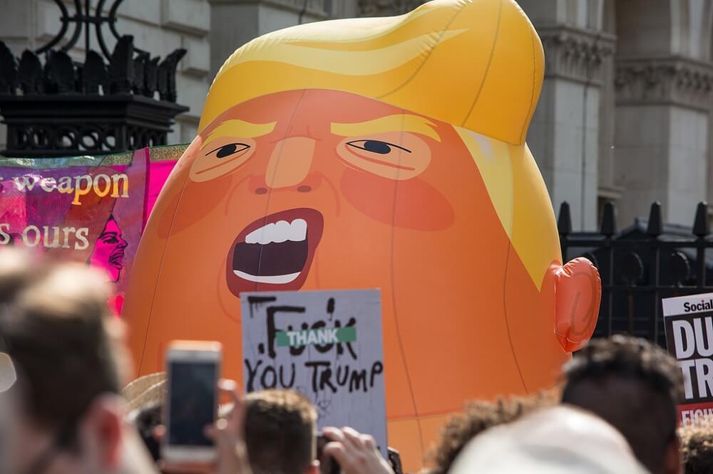 הפגנה בלונדון נגד דונלד טראמפ בביקור בבריטניה