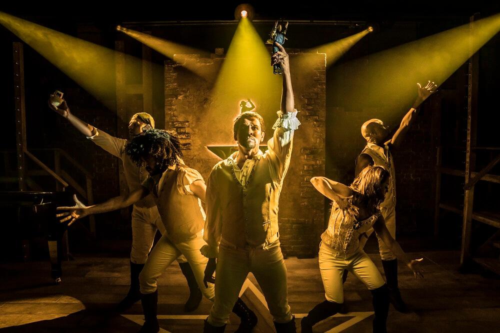 """מה לעשות בלונדון בסוף השבוע בחודש אוגוסט, הצגות ומחזות זמר, לא השגתם כרטיסים ל""""המילטון""""? נסו את """"ספאמילטון"""""""