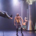 """עורפים ראשים: ביקורת על המופע """"מדוזה"""" של יסמין ורדימון בלונדון"""