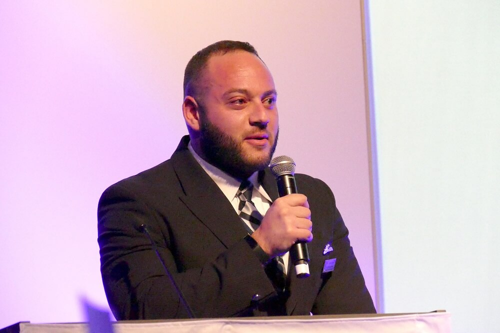 אריאל קלאוזנר-שטרן, דייל ישראלי בבריטיש איירווייס