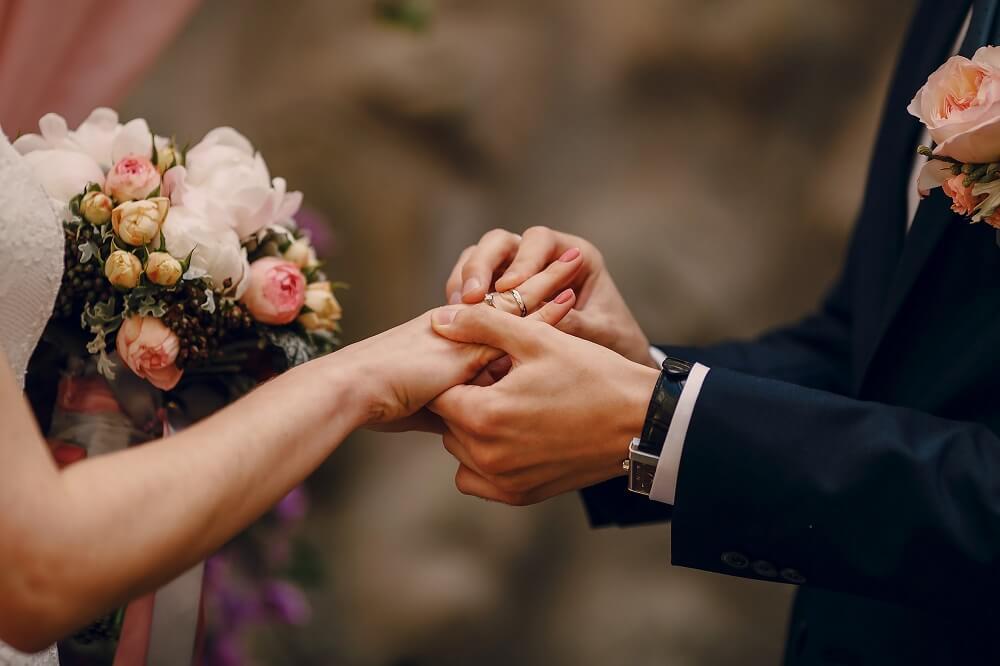"""להתחתן בלונדון, באנגליה, בבריטניה, גירושים, גירושין, עו""""ד, להתחתן, להתגרש"""