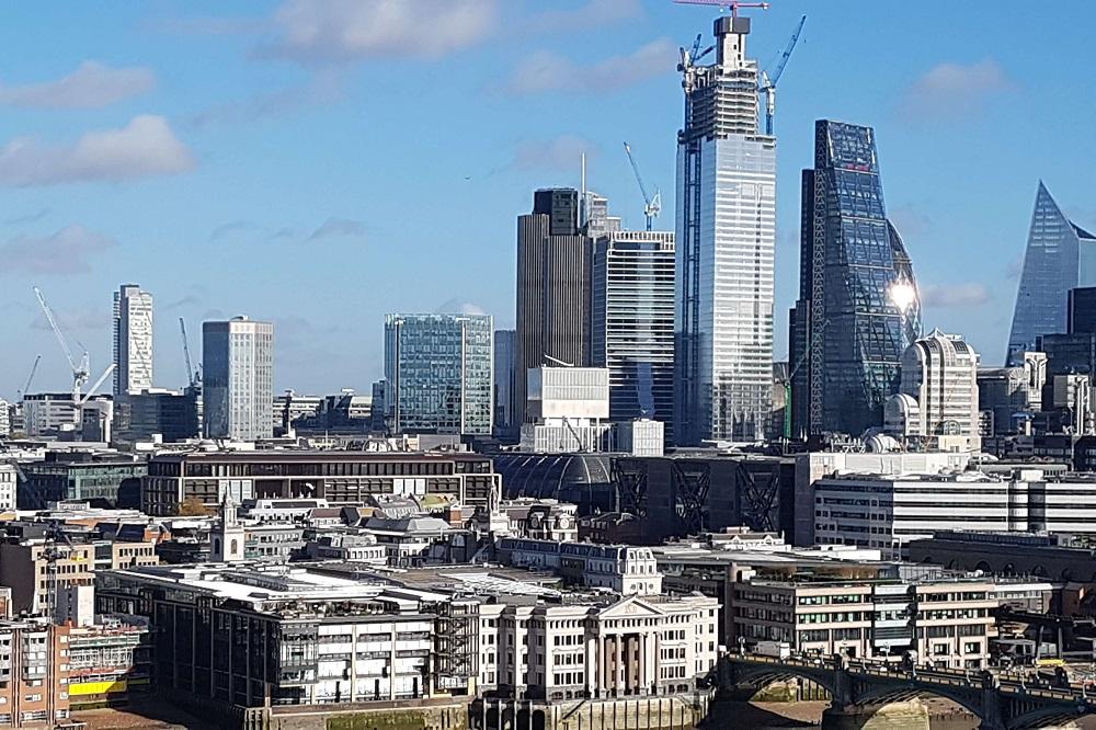 """נדל""""ן בבריטניה, בלונדון, תכנון בנייה בבריטניה, בת-אל יוסף רביד - עלונדון"""