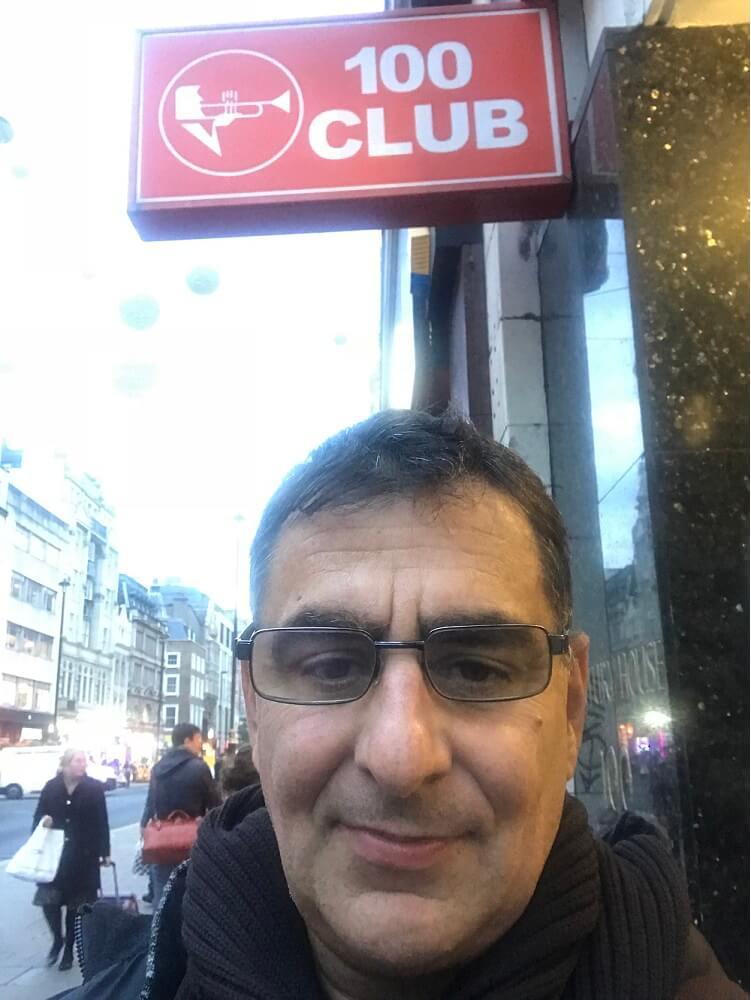 לונדון קולינג - משה מורד ב״מועדון 100״ ברחוב אוקספורד בלונדון