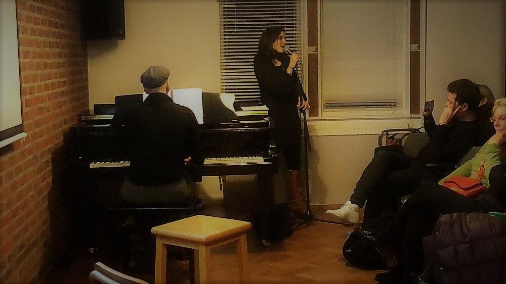 הופעה של תמי פדרמן בלונדון, בערב הרצאות לקהילה הישראלית בבריטניה