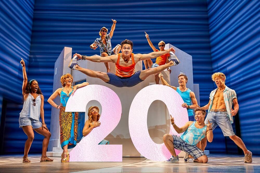 מה לעשות החודש בלונדון - הצגות ומחזות זמר - המחזמר מאמה מיה בווסט-אנד