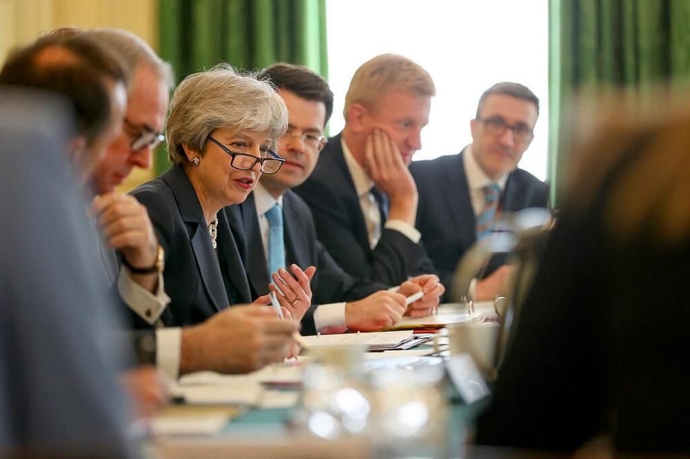 ראשת ממשלת בריטניה תרזה מיי התפטרה