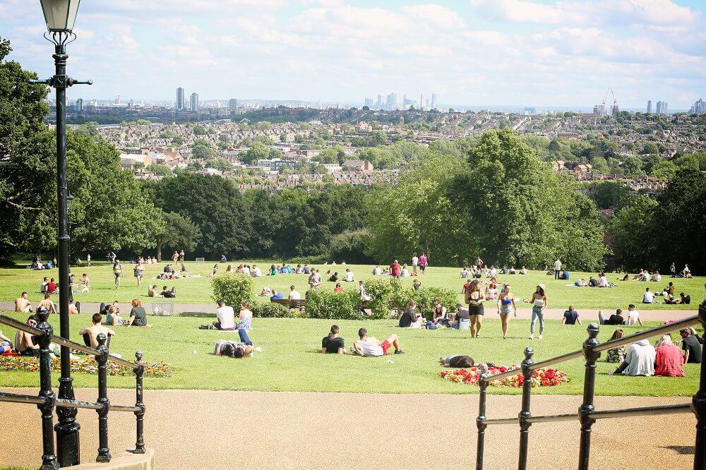 ארמון אלכסנדרה פאלאס - אלי פאלי - לונדון בקיץ