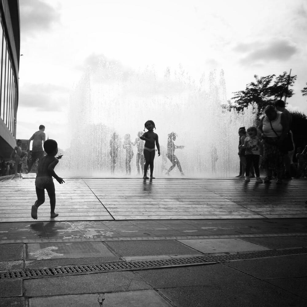 אטרקציות מים בלונדון - מזרקות בסאות'בנק לילדים ולכל הגילים