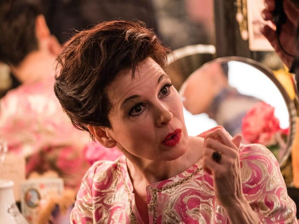 סרטים בלונדון, אנגליה ובריטניה - רנה זלווגר בתור ג'ודי גרדנר
