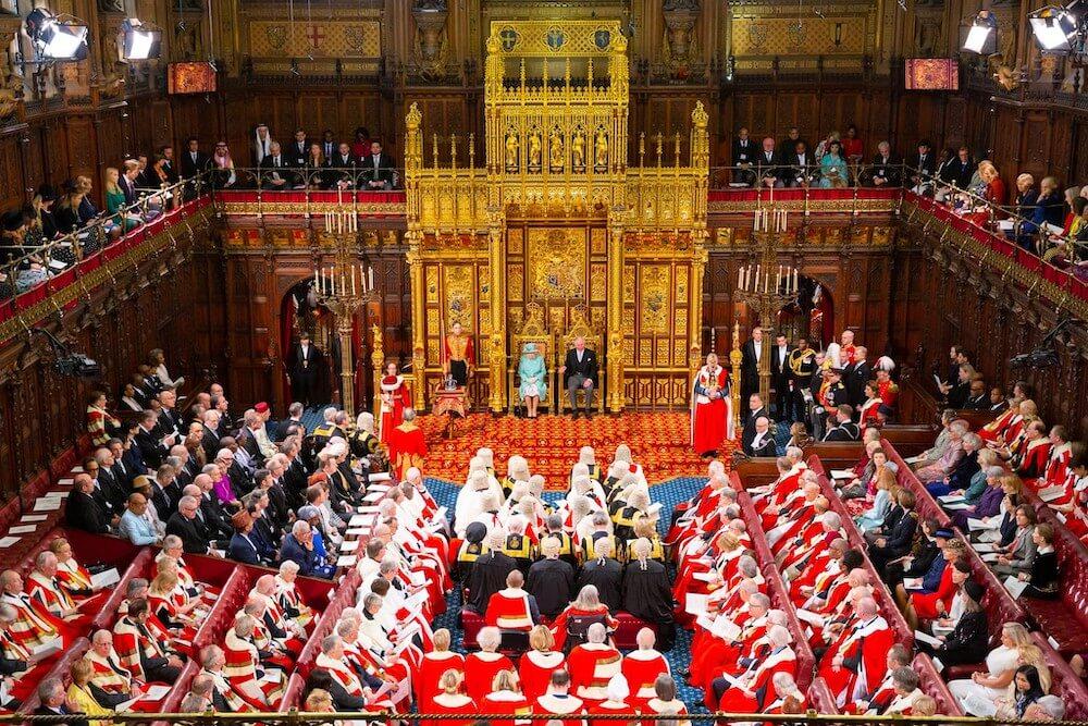 נאום המלכה בפתיחת הפרלמנט בבית הלורדים