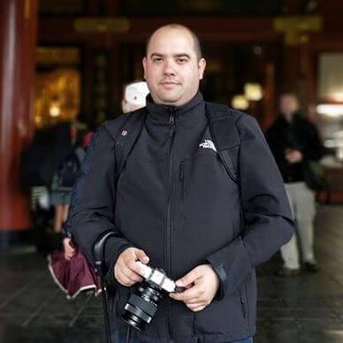 קובי קלייטמן - לפיד קרמיקה - טור על תעשיית הקרמיקה הישראלית והקשר הלונדוני של ריימונד ריי סילברמן