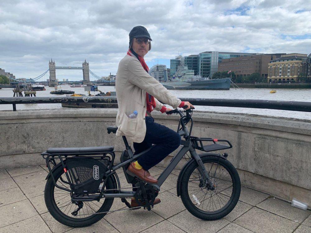 אופניים חשמליים בלונדון - נמרוד קמר