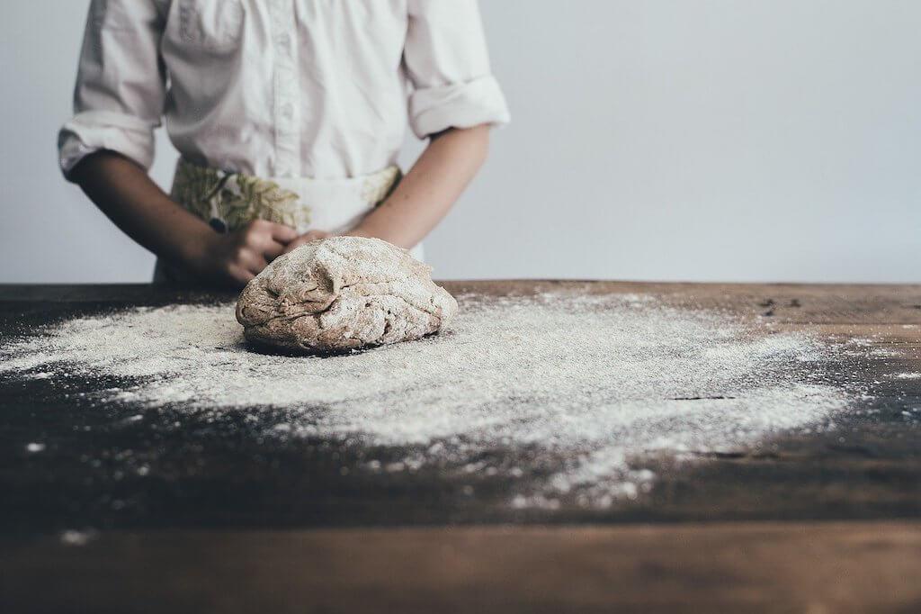 דרושים בלונדון, אנגליה, בריטניה - דרוש טבח דרושה טבחית שיודעים לאפות