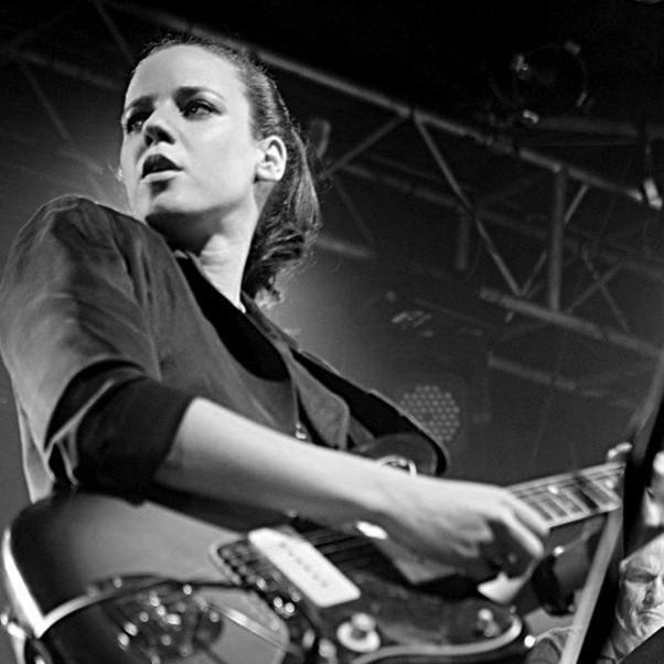 מוזיקה בלונדון, אנגליה, בריטניה - רונה קינן הוציאה אלבום חדש באנגלית