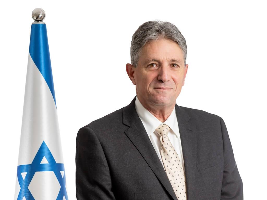 קונוסול ישראל בלונדון - אבי קורן