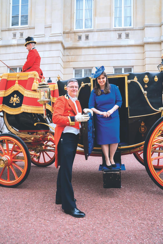 ציפי חוטובלי פוגשת את המלכה