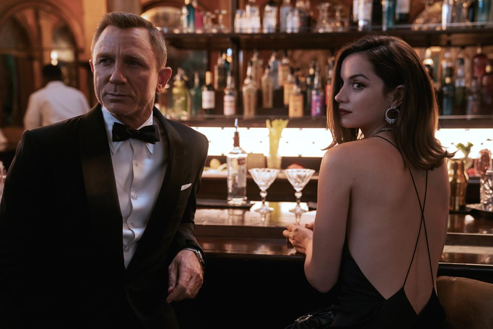 סרטים בבריטניה - לא זמן למות, סרט ג'יימס בונד חדש בקולנוע - דניאל קרייג כג'יימס בונד